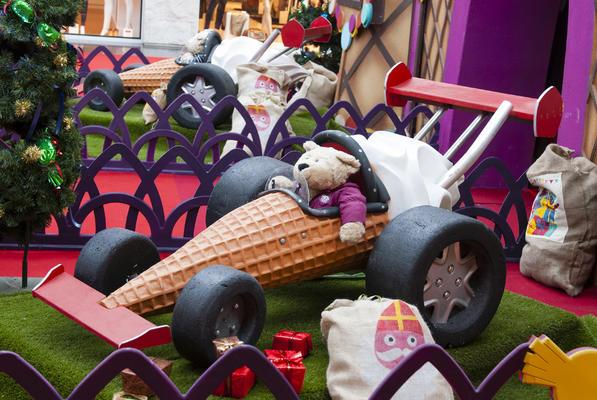 Decor of the Ice Cream Palace