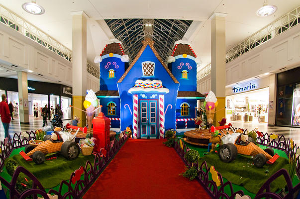 Decor of House of Candy