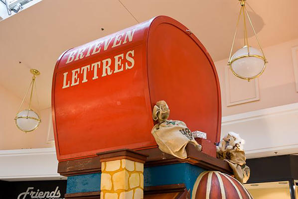 Decor of Letters to Santa