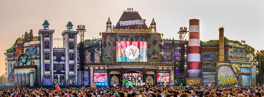 Main Stage van Parookaville 2016