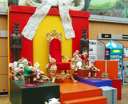 Decor of World of presents