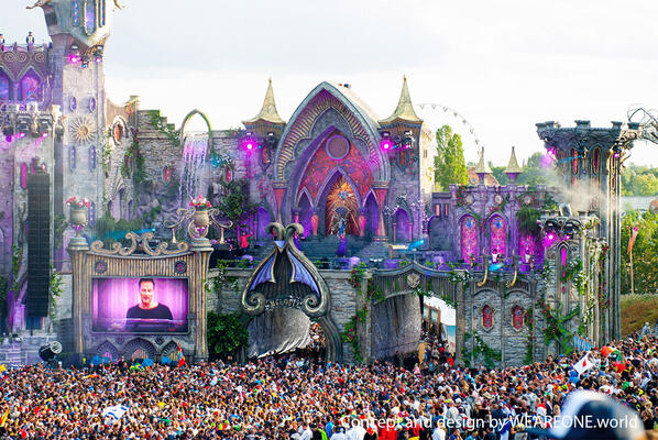 Main stage Tomorrowland 2015