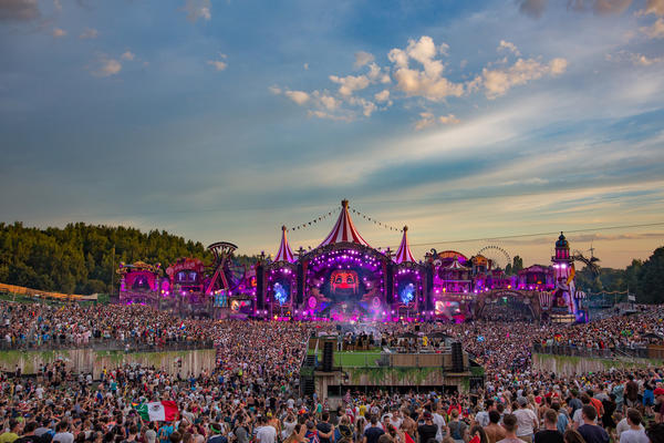 Main stage Tomorrowland 2017