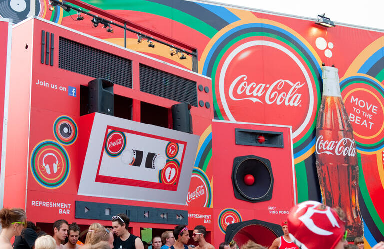 Coca Cola Move to the beat