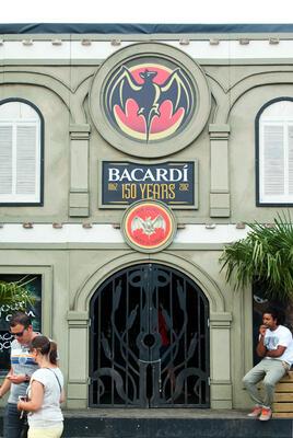 bacardi02.jpg