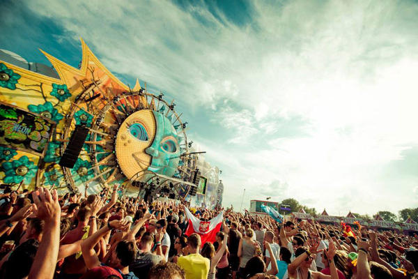 Dreamville - Tomorrowland 2013-2014
