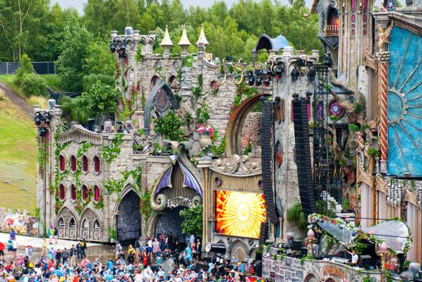 Scéne principale - Tomorrowland 2015